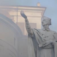 fiducia-e-distruzione-statua
